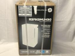 GE 50 pint dehumidifier New ADEL50LY White with drain hose c